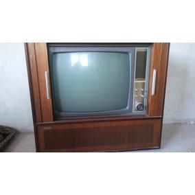 Antiguo Vintage Y Único Televisor Valvular Philips Funciona