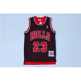 Camiseta Michael Jordan Bulls 23 - Ropa y Accesorios en Mercado ... 6d92d267862