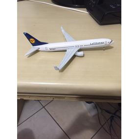 Avião Lufthansa, Boing 737