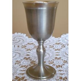 Cálice Clássico Para Vinho Tinto Em Estanho Nobre Elegante