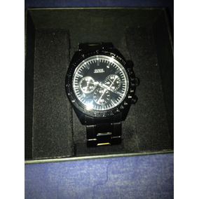 8bacbb30259 Relógio Guess Pulseira Preta Brilhante E Fundo Preto