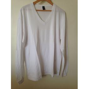 Camiseta Branca / Manga Longa / Gola V