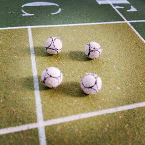Bola Bolinha Para Futebol De Mesa botão - Brinquedos e Hobbies no ... 39da145732529