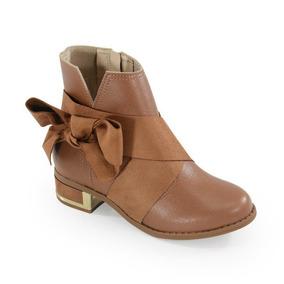 e9436266c7d Bota Molekinha Botas Meninas Goias Goiania - Sapatos no Mercado ...