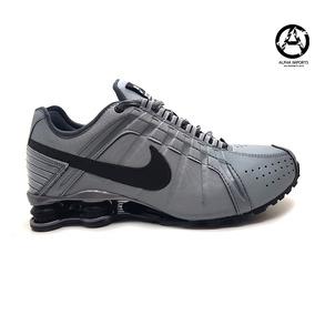 279ac02f021 Tenis Nike Masculino Shox Junior - Tênis Prateado no Mercado Livre ...