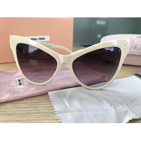 Óculos Miu Miu Retrô Gatinho Smu416 Bege - Feminino. R  279 99 efa8fee15d