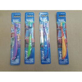 Cepillo De Dientes Eléctrico Oral B - Estética y Belleza en Mercado ... a35a7592c237