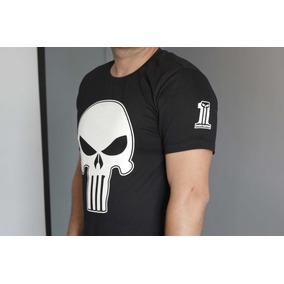 6741f67d7 Camiseta Old Skull Masculina - Camisetas e Blusas Manga Curta em São ...