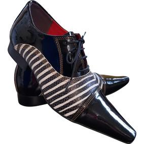 849c2f106 Sapato Masculino Em Couro Preto Verniz Com Zebra Ref  654 · R  289 90