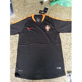 Camiseta Portugal Negra Otros Paises - Camisetas de Selecciones para ... 7bf90ea41a2fc