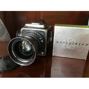 Câmera Hasselblad 500c + Lente Distagon 60mm 3.5 T*