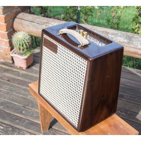 791f64beabe43 Vendo Amplificador Guitarra Head Valvulado Mazzotti 8w Troca. Usado - São  Paulo · Amplificador Valvulado 12w - Maiale - Ronconi Amps