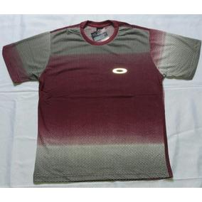 5d1621e536cfc Camisas Lacoste Oakley - Camisetas e Blusas no Mercado Livre Brasil
