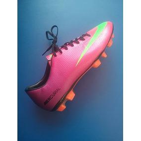 5e60df2b2cfb0 Tacos y Tenis Césped natural Nike Rosa en Distrito Federal de Fútbol ...