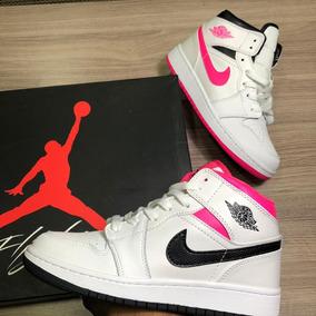 c656355b9f0 Tenis Jordan Confeti Retro Ropa - Tenis Nike para Mujer en Mercado ...