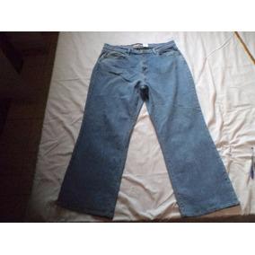 Calça Levis 550 Boot Cut Elastano Veste 48 Consertada 6ae695e5011