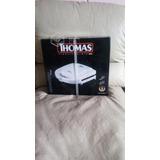Sandwichera Thomas 750wts