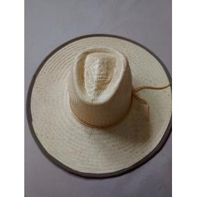 M - Chapeu Gaucho Pantaneiro Preto Aba 10cm+barbicacho P01. 3 vendidos -  Santa Catarina · 10 Chapéu De Palha Rubi Surf Marrom Promoção Aba 12cm 0074 c517cef669e