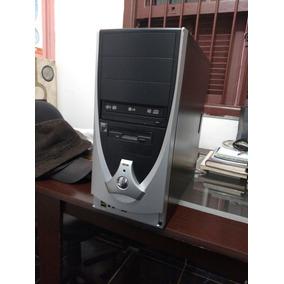 Computador Para Retirada De Peças.