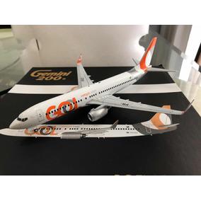 Boeing 737-800 Gol 1:200