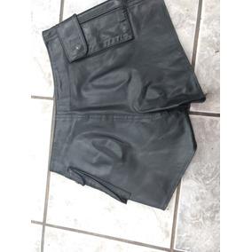 Shorts Couro Feminimo