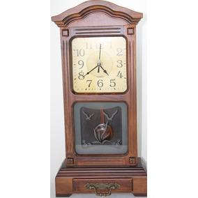 Relógio De Mesa Capelinha Em Madeira Com Pêndulo Vintage 55