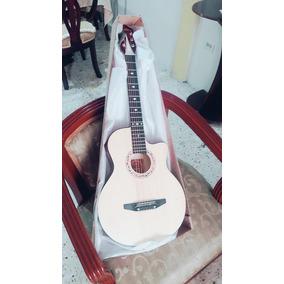 Guitarra Modelo Requinto Profesional