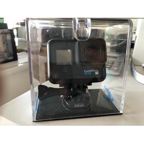Camera Gopro 6 Nova Com Varios Acessorios