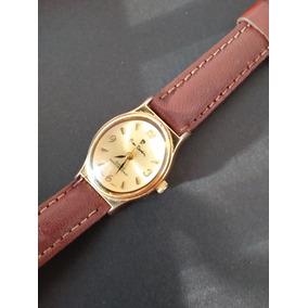 65d3a224cc3 Elegante Relógio Pierre Cardin Dourado - Quartz