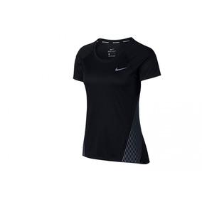 6d24e3efecaab Camiseta Nike Dry Miller Top Ss Feminino (roxo P)