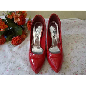 45cd7d1b8 Sapato Vermelho Verniz Vizzano Outros Tipos - Sapatos no Mercado ...