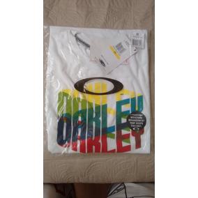 Camiseta Oakley Eua - Calçados, Roupas e Bolsas no Mercado Livre Brasil 20731a0c84