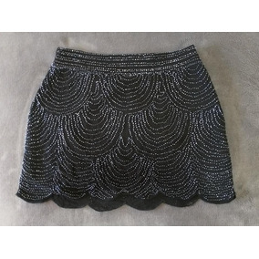 Mini Falda Negra Bordada Talla M