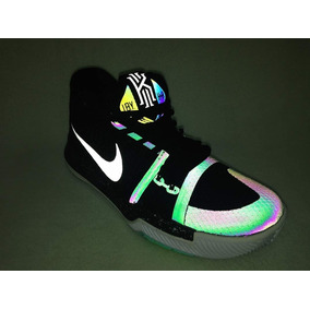 classic fit d5576 488b3 Nike Kyrie Irving 3 Reflectiva