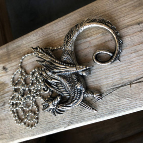 Collar Dragon Con Navaja Oculta Fantasy Yc9001