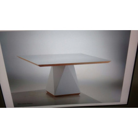 Mesa Em Laca Tampo De Vidro Fixo 1,40 X 1,40