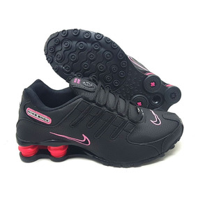 Tênis Nike Shox Feminino Preto Com Rosa Importado dde471a84680b