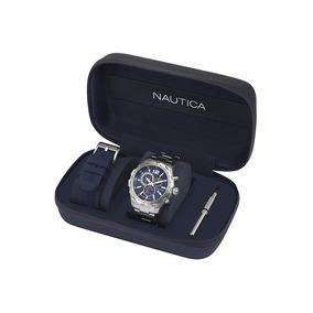 Reloj Análogo Marca Nautica Modelo: Napn30001 Color Plata Pa