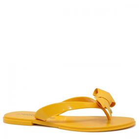 21577c2cd Chinelo Feminino Petite Jolie Casual Laço Amarelo Pj3633