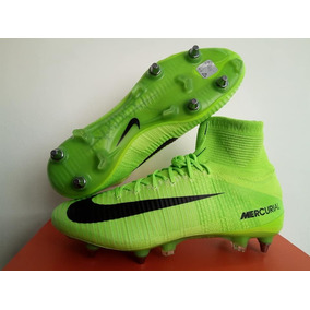 6a87debd9c4ee Botines Nike Mercurial Superfly V - Botines Nike Con Tapones para ...