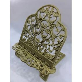 Suporte De Biblia E Livros Na Cor Bronze Plastico 1 Und