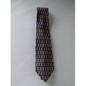 521b5fbc16a5c Gravata Ferragamo Usada - Gravatas Clássicas Masculinas