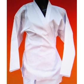 268a82365b7f4 Uniforme Completo De Futbol 130 Pesos. Distrito Federal · Karategui Color  Blanco Talla 8 Especial