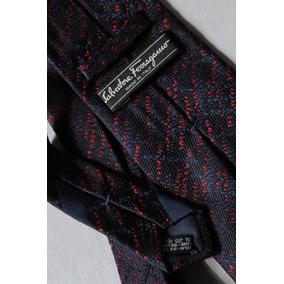 c47306fd3146e Gravata Salvatore Ferragamo Vermelha Estampada - Calçados, Roupas e ...