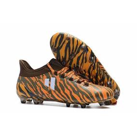 Chuteira Nike E Adidas Original - Chuteiras para Adultos no Mercado ... 57c950d7bbc18