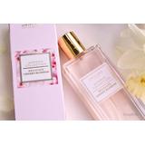Perfume Importado Delicada Flor De Cerezo 50ml