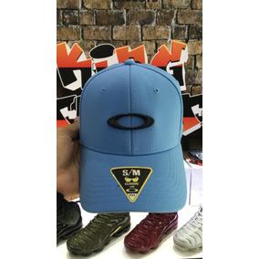 Boné Oakley Tincan Azul E Preto S m Frete Grátis 87e01830f20