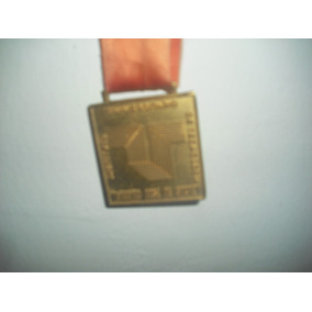 Medallas En Oro Cuadrada