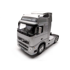 Caminhão Volvo Fh12 Welly 1:32 Prata