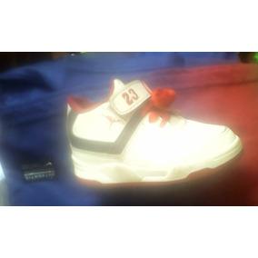 huge discount 6693e 8128d Zapatos Jordan Talla 22 Perfecto Estado
